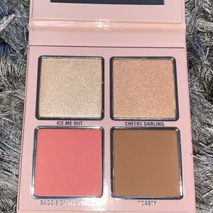 Kylie Cosmetics Blush and Highlighter Palette